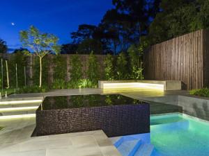 Warranwood Pool & Garden